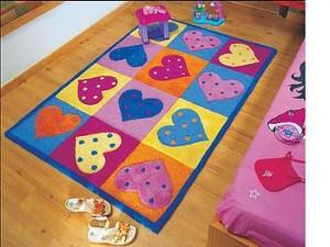 covoare copii lana cu inimioare pentru fetite