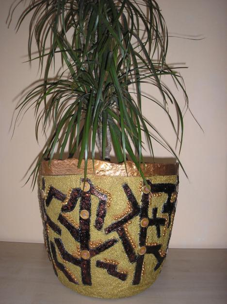 Ghivece decorative pret