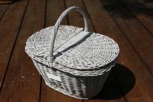 cosuri impletite din rachita pentru picnic