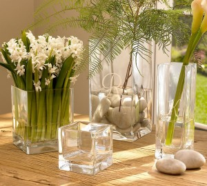 Vaze decorative ieftine patrate din sticla