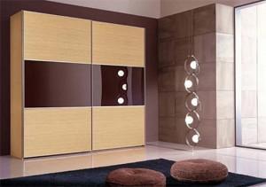 Dulapuri cu usi glisante ieftine pentru dormitor