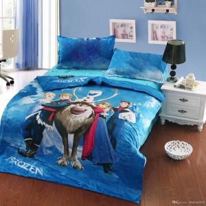 Lenjerie pat copii Frozen cu personajele din desene animate